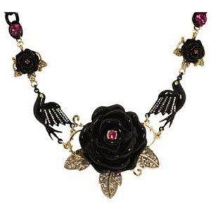 Black Rose BETSEY JOHNSON Spider Necklace ChokerG
